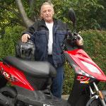 23.09.2014: Winfried Bauer aus Lörrach mit seinem neuen KYMCO DJ50S