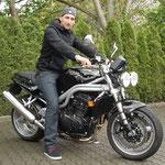 30.04.2014: Marco Parisi aus Freiburg mit seiner neuen TRIUMPH Speed Triple 955i