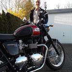 19.03.2014: Hans-Volker Trinler aus Höllstein mit seiner neuen TRIUMPH Bonneville T100