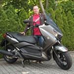 01.07.2014: Reiner Schubert aus Rheinfelden mit seinem neuen YAMAHA X_MAX 250 ABS