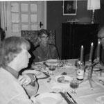 Archives Patrice Moreau. Montsoreau. Henri Dutilleux, Paul et Françoise Barret chez Josie et André Obey à l'Hirondelle Réveillon de la Saint Sylvestre 1985