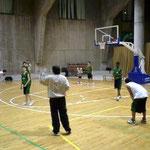 13~14歳クラブチームの練習。3日後の試合に向けて激しく練習!