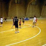 11~12歳チームのスクール。来年のクラブチーム入団に向けて練習中。