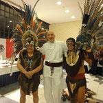 Expo/Congreso Lebenskraft Zürich 2014 - Koko y su padre Jorge Nopaltzin en la tradición azteca...