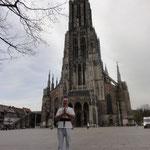 Ulm - der höchste Kirchturm der Welt mit 161,5 Meter / la iglesia más alta del mundo con 161,5 metros