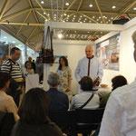 Expo/Congreso Lebenskraft Zürich 2014, dando pequeñas charlas y meditaciones en le stand