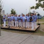 Männerchortag 2014 des SSH, Husum, 06.09.2014, der Chor mit neuem Outfit