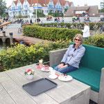 Ostseeheilbad Zingst, 11.09.2015 - 13.09.2015, welch ein Genuss, Kaffee, leckerer Kuchen und ein wunderbarer Blick auf den Bodden-Hafen