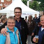 Schlussveranstaltung der Matjeswoche 2015 in Glückstadt -die Drei aus Krempermoor-