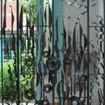 """""""Les Portes du Jardins d'Eden"""", grande grille forgée. Ramatuelle (83)"""