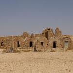KSAR HADADA - Ghorfas superposés  (Greniers pour provisions)