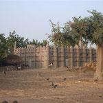 Mosquée sur la route de Djibasso