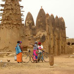 Sur la route de Ouagadougou