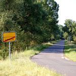 Die Zufahrtstraße