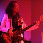 Hidenori Yokoyama - Bass