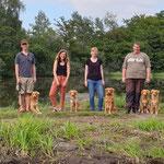 Johann mit Greeny, Lena mit Alva, Jessica mit Riaan und Bernd mit Mama Vicky und Lea