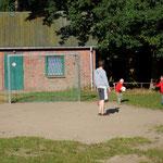 Auf dem Sportplatz in Agathenburg