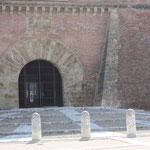 Palais des rois de Majorque, l'entrée  © Crédit photo Martine SODAIGUI