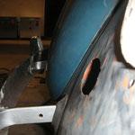 Die gummidurchführungen passen bei montierter Stoßstange samt Haltern auch problemlos.