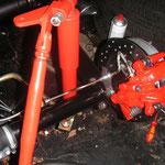 ....der Kunipher- Bremsleitungen ! Auch teuer die Leitungen........aber was muss, das muss.......