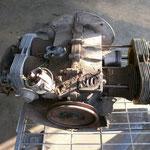 Da es mittlerweile doch immer mehr zu tun gibt, bzw Teile benötigt werden, die nicht in der Planung von Anfang an berücksichtigt wurden, finanziell eng werden kann, hab ich mir vorgenommen einen Ersatzmotor aufzubauen. Falls der 1776 nicht fertig wird