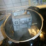 kochender Spezialreiniger entfertn selbst den härtesten Dreck !