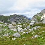 маршрут на Боботов Кук, массив Šareni Pasovi (2248м) и Štit (2236м)