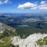 Вид с Савина Кука на Черное озеро