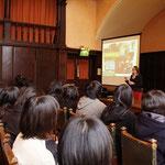 日本、京都からの高校生グループ