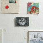 """""""favorites in FAVORITEN"""" - Ausstellungsansicht, von oben nach unten: Michael Wegerer, Verena Rempel, Christian Rupp, Eva Hradil, Christoph Mayer,"""