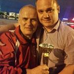 В.Варежкин и С.Фомичев со своим заслуженным кубком