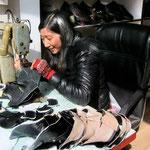 Handgenähte Schuhe gibt's auf dem Markt