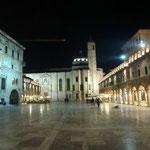 Piazza in Ascoli Piceno