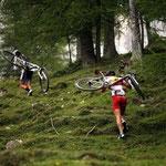 """""""Dynafit goes Summer"""" Tragepassage vor der Türlwandhütte"""