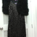 Sears - Robe à paillettes - 29,99$/ par-dessus de fourrure sans manches - 69,99$