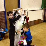 Wrap the mummy - 2012 Halloween