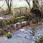 Pluwiger Hammer. Der Hammergraben diente gleichzeitig auch zur Bewässerung der zum Hammer gehörigen Wiesen, Gärten und Äcker. Über dieses Wehr konnte die Bewässerung reguliert werden.
