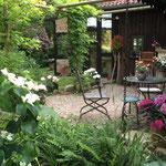 """Das """"Gartenzimmer"""" - die Terrasse"""