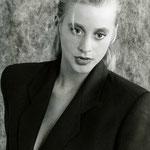 Angela, business  (Analog von 1997)