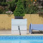 Op deze plek komt het warme water in het zwembad.