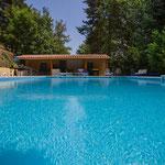 Het zwembad is open van 10u. tot 20u.