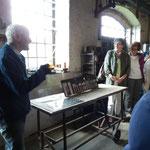Vorführung in der Presserei: wie ein Löffel entsteht (Foto:D.Mathes)
