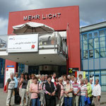 ..die LandFrauen vor dem Lichtmuseum (Foto:E.Becker)