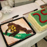 Two cakes celebrating the 25th anniversary of the ÖGH and the amphibian of the year 2014: Bombina variegata.