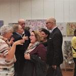 Viele kunstinteressierte Besucher an der Vernissage