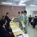 大会委員長である高知工業高校の平田校長より表彰状の授与