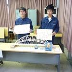 3位の高知工業高校3年生の川村航平、西森哲也君のチーム