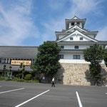 お菓子の壽城の全景