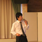 仙台港と七ヶ浜の被災状況を説明する山岡幸弘会員