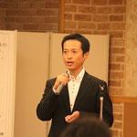 「東日本大震災の復旧・復興に向けての政治と行政の役割」と題して講演をされる高野光二郎氏